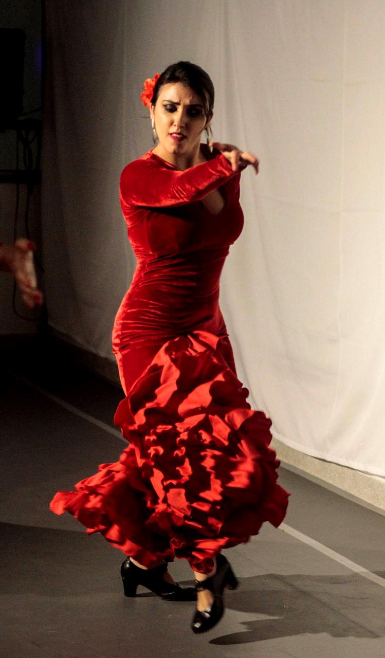 Leticia Albanese Flamenco